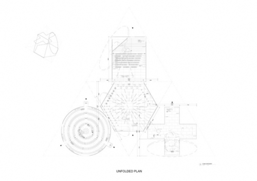 Prada Transformer 01.jpg